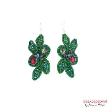 Hand embroidered earrings Jungle Anares